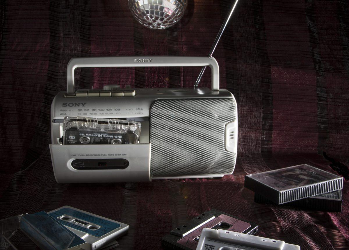 antique-radio-cassette